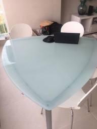 Mesa com 4 cadeiras Tok Stok