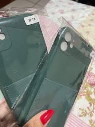 Capinha de iPhones 11 guarda cartão