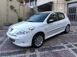 Vendo Peugeot XS 207 2013 1.6 Completo