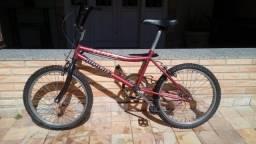 Bicicleta Monark BMX Super-Star aro 20