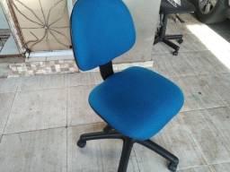 Cadeiras Giratórias super conservadas