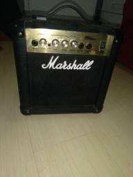Cubo (caixa) de guitarra Marshall MG10CD 10W em ótimo estado