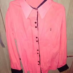 Camisas de botão