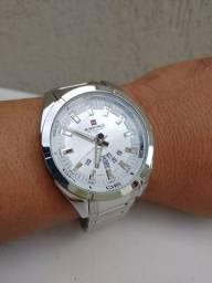 Relógio original importado! Marca naviforce , resistente a água