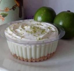Revenda deliciosos doces , bolos de pote ?