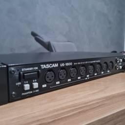 Interface de áudio Tascam us 1800 16 entradas e 8 sáidas