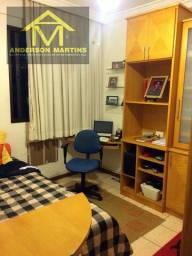 Gigante 3 quartos em Itapuã código 8225