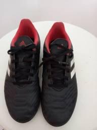 Chuteira Adidas número 37