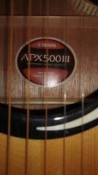 Violão Yamaha elétrico