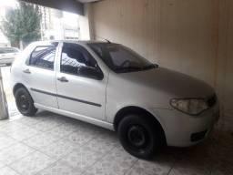 Fiat Palio 2004 - ELX -1.0 -04 portas -  10.500,00