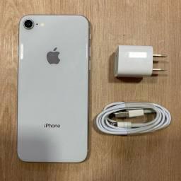 Loja física. IPhone 8 64Gb seminovo impecável 100%  bateria