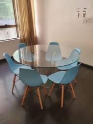 Cadeiras coloridas modelo Charles Eames novas!