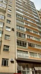 Apartamento no centro rua Halfeld,3 quartos com suíte elevador em frente banco do Brasil