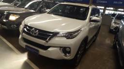 Toyota Hilux sw4 srx 2.8 aut - 2017
