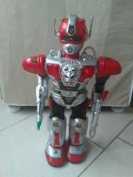 Robô a pilhas
