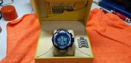 Vendo ou troco relógio invicta Zeus tunderbolt