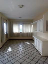 Apartamento no bairro Joquei, com 3 suites , 161 m²