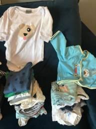 Vendo roupas de menino tamanho M e G