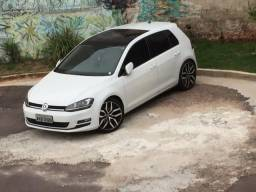 Golf TSi 1.4 turbo modelo alemão - 2014