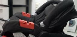 Cadeirinha bebê conforto já com base para carro
