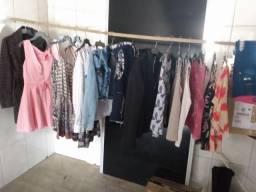 Kit de roupas.
