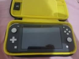Nintendo switch lite com case original na caixa
