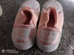 Tênis Adidas 19