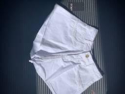 Short jeans modelo novo