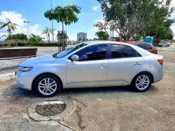Kia cerato top todo original