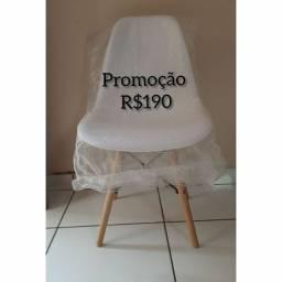 Cadeiras Charles Eames novas