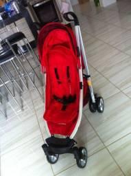 Carrinho de passeio bebê Cosco Vermelho