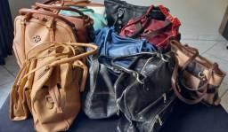 Vendo bolsas usadas em ótimo estado.