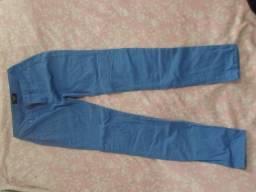 Calça azul feminino