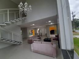 Vendo Casa Luxuosa no Residencial Castanheira - Com Piscina e Churrasqueira