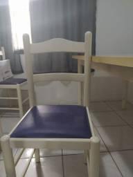 Mesa + 6 cadeiras estofadas