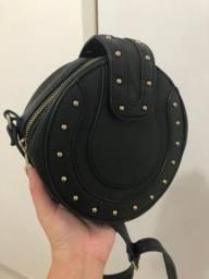 Vendo bolsa casual preta novinha