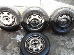 Pneu 175/70/13 meia vida com roda montado.mais outras 3 rodas aro 13