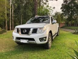 Linda Nissan Frontier SL - 2014