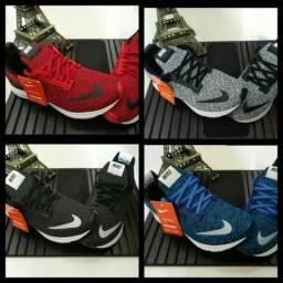 Tênis Nike Boost Grafite