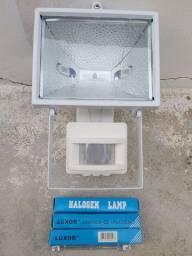 Refletor 500W com Sensor de Presença 220V