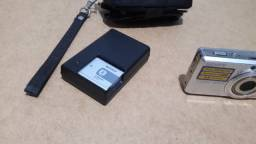 Máquina Fotográfica Cybershot Sony - apagada