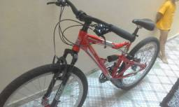 Bicicleta aro 26 novinha
