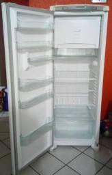 Geladeira frost free 342 L Aceito Parcelamento