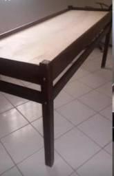 Cama de estética de madeira
