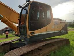 Escavadeira Hyundai 220 ano 2015
