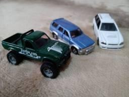 Toyota,  Subaru Legacy e Hilux