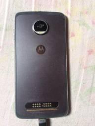 Celular moto z2 play 64gb 4gb de ram todo original acompanhar carregador