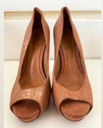 Sapato Schutz
