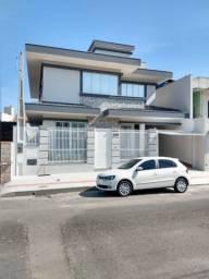 ALUGUEL ANUAL, Casa alto padrão, Vila Real, próximo a Univale BC