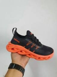 Adidas trançado